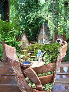 Flowerpot fairy garden